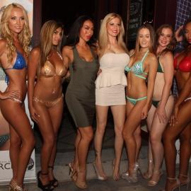 Coyote Ugly: Bikini Contest