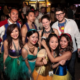 Halloween Pub Crawl - MacDintons