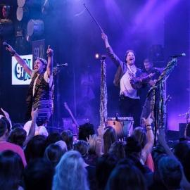 Hard Rock Tampa: Magic Giant Acoustic Series