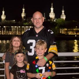 Tampa Riverwalk Holiday Boat Parade of Lights