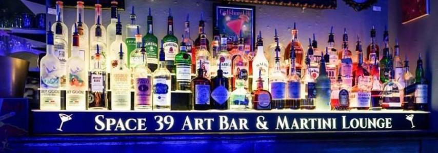 Space 39 Art Bar & Martini Lounge
