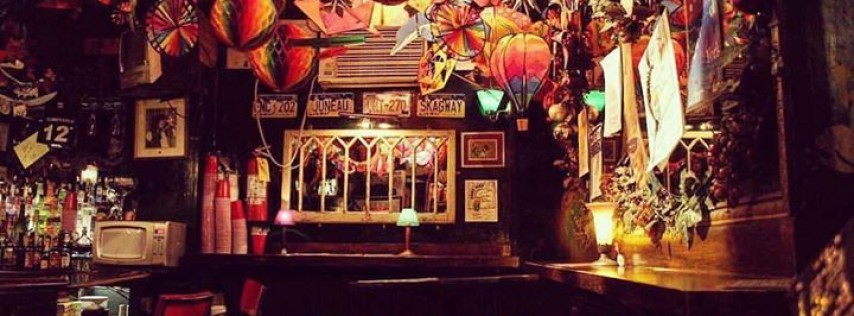 Cubbyhole bar NYC