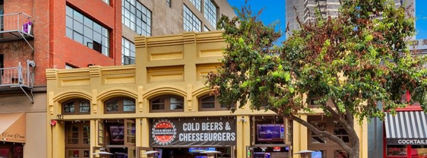 Cold Beers & Cheeseburgers