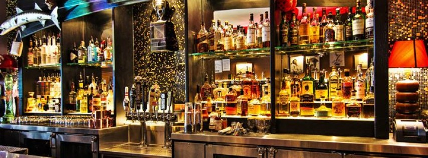 Luxe Bar and Grill - Grosse Pointe