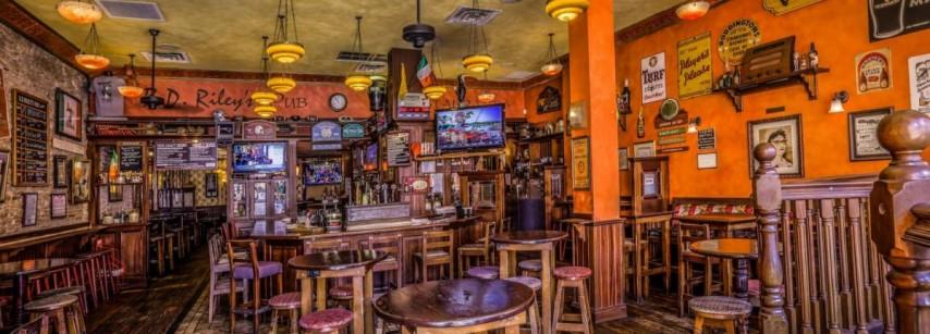 B. D. Riley's Irish Pub  Downtown