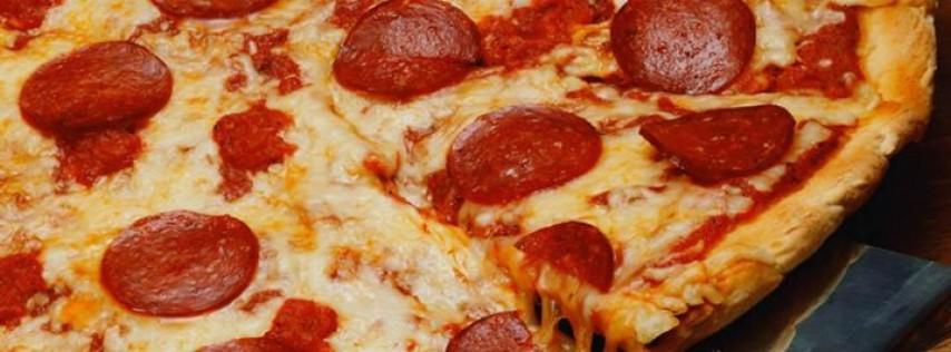 Hot Spot Restaurant & Pizzeria on Oak and Boardwalk