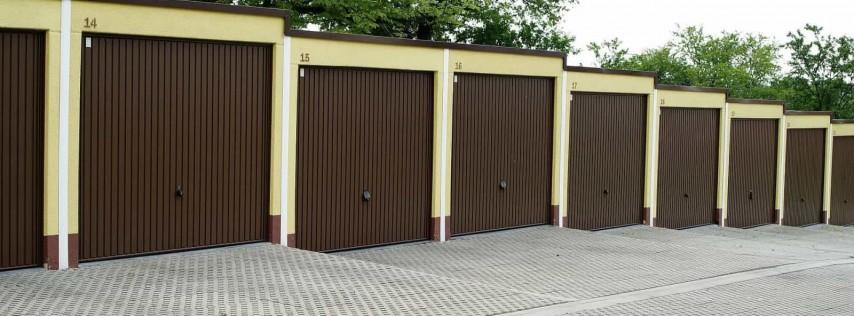 EM Garage Doors and Gate Service INC