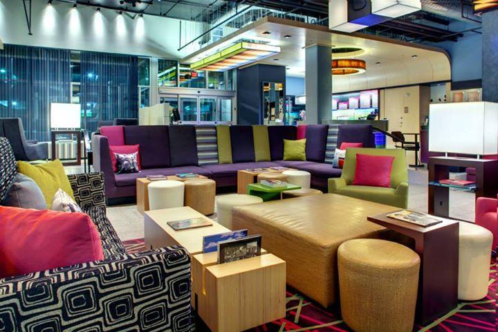 W Xyz Bar Bar The Domain Austin