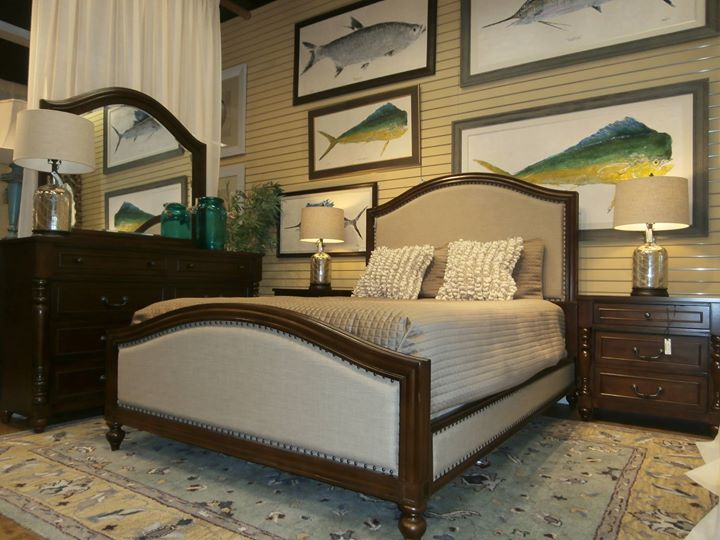 the missing piece shopping south tampa tampa. Black Bedroom Furniture Sets. Home Design Ideas