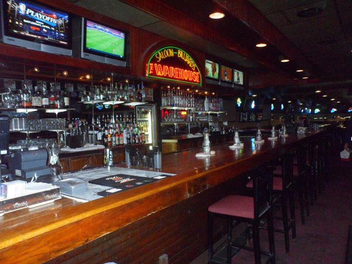 The Warehouse Saloon Amp Billiards Bar South Austin Austin