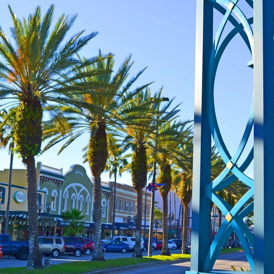 South Daytona Florida: Riverfront Shops Of Daytona Beach