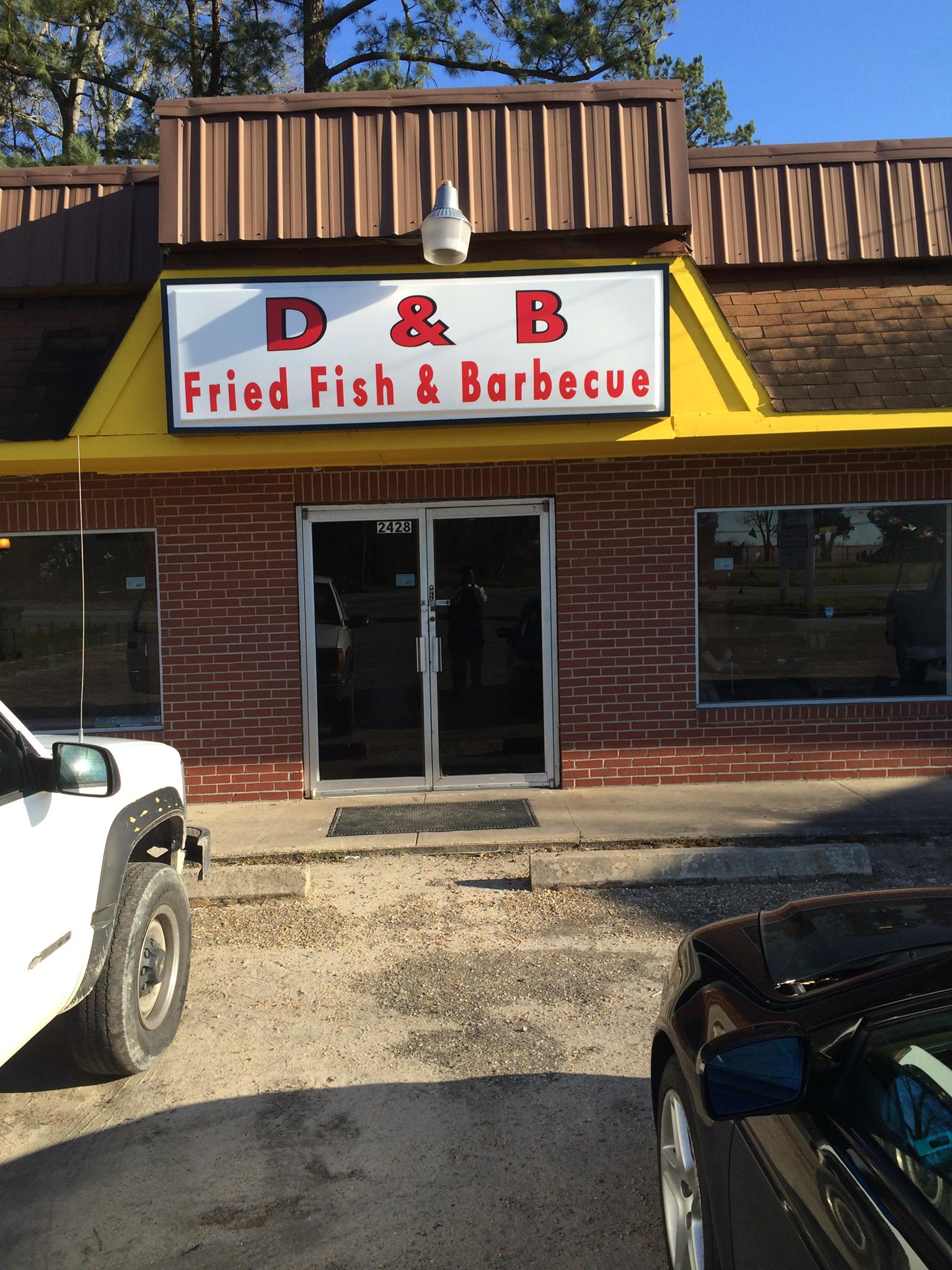 D & B Fried Fish And Barbeque - Restaurant - Orangeburg ...