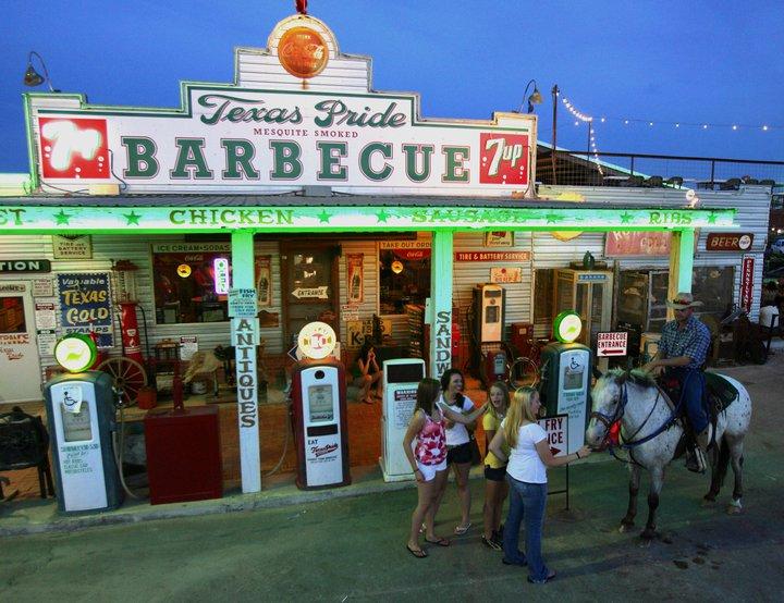 Texas Pride Barbecue Restaurant Riverwalk Adkins