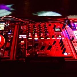 DJ Point 5