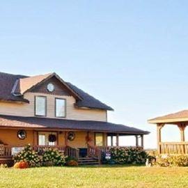Jefferson Hill Vineyards & Guest House