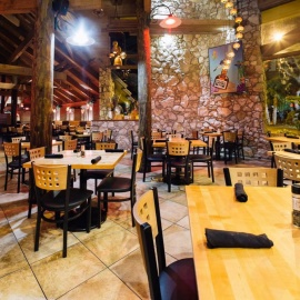 Norwood's Eatery and Treehouse Bar