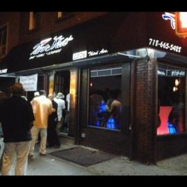 TwoSHA's Bar Lounge & Grill