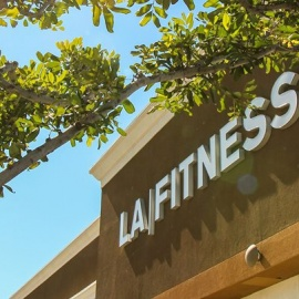 La Fitness Chicago W Pershing Rd Bar South Side
