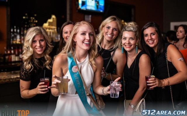 Best College Night at Rooftop on Sixth