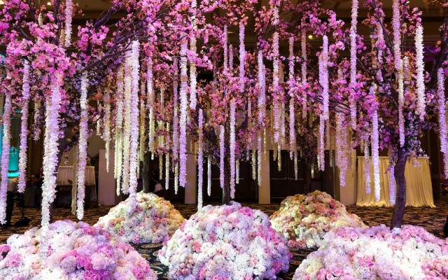 Fierce, Fabulous, Flowers....Lee James Floral Design is all this and more