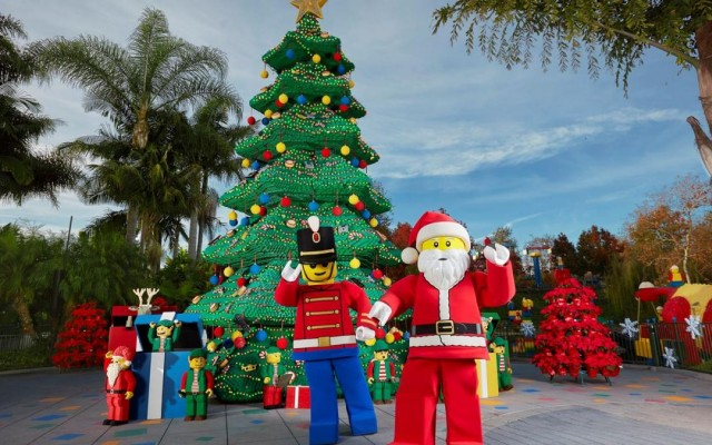 Come Together This Holiday Season With LEGOLAND's Christmas Bricktacular Event
