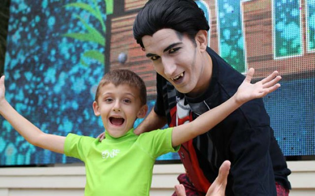 Halloween At Gaylord Palms In Orlando | Goblins and Giggles