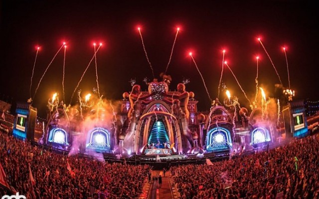 EDC Orlando: 3 Days of Music, Art, and Experiences