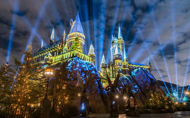 Christmas at Universal Theme Parks in Orlando