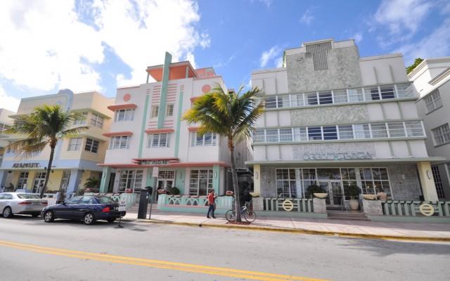 The South Beach Art Deco Walking Tour in Miami