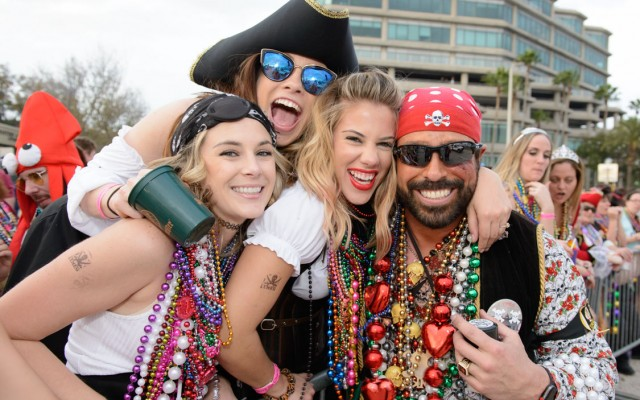 Gasparilla-Inspired Cocktail Recipes with Locally Distilled Alcohol That 'Arrr' Perfect for the Pre-Game!