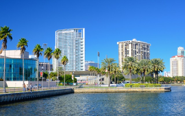 Enjoy Life on Florida's Glimmering Shores: Find Your Ideal Neighborhood in St. Petersburg