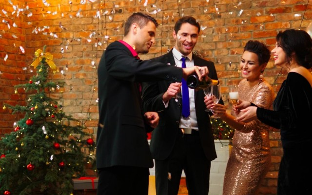 Planner's Guide to Throwing the Perfect Holiday Party