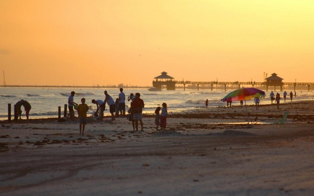 FIve Benefits of Living in Fort Myers