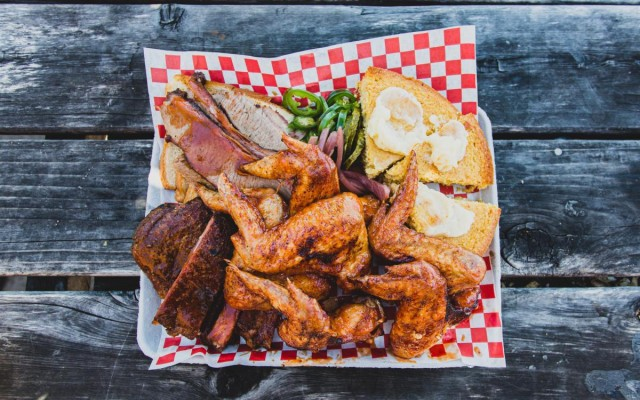 Where To Eat The Best Chicken Wings in Savannah