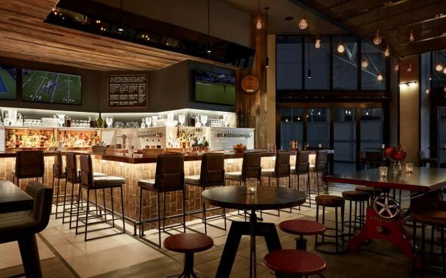 Charlotte Hotel Bars and Restaurants Worth Seeing