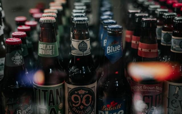 Bars in Sarasota Serving Drinks To Go