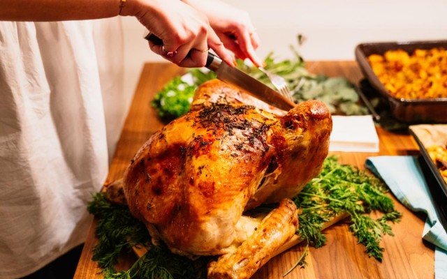 Thanksgiving Traditions You Can Still Do During the Pandemic
