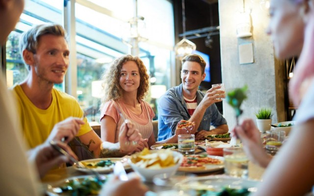 How Multi-Location Restaurants Can Use Data to Increase Revenue & Improve Operations
