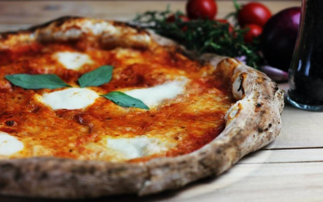 Best Pizzerias in Detroit | Where To Get All The Best Pizza in Detroit