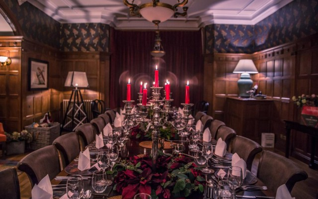 Fine Dining Restaurants in Fort Lauderdale with Private Rooms for Your Holiday Party!