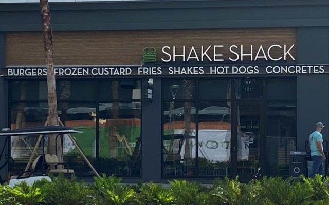 Long-Anticipated Burger and Milkshake Chain Shake Shack Opens in Midtown Tampa