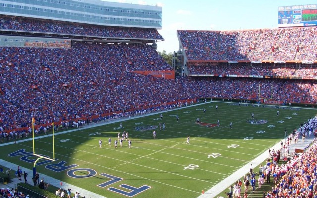 Florida Gator Football | Where to Get Tickets, Park, and Eat on Game Day
