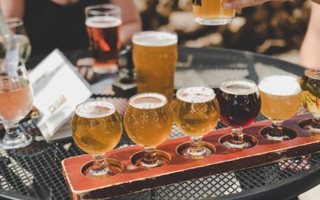 Craft Beer Bars in Jacksonville | Beer Halls, Gardens and more