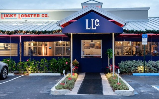 The Lucky Lobster Co. Is a Florida Fresh Seafood Restaurant in Dunedin Where You Can Kick Back and Dig In