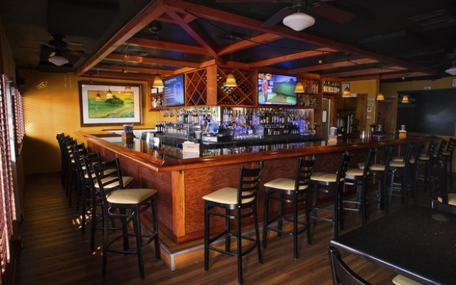 Windward Bar & Grille in Clearwater is a Great Choice for a Local Neighborhood Bar & Restaurant