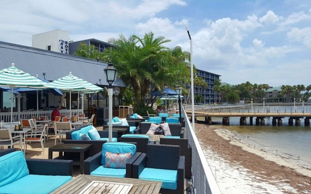 Tampa's Beach Bar and Restaurant Events Will Have You Enjoying Your Holidays on the Water