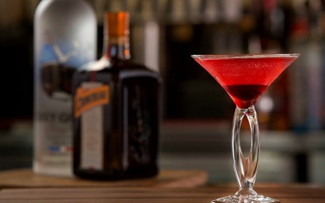 Holiday Drinks | Recipes, Tampa Bars Serving Them