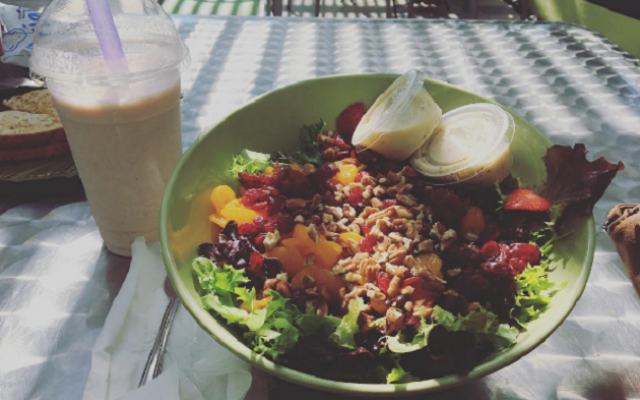 Locally-Owned Green Market Cafe Is The Ultimate Spot For Health Conscious Tampa Bay Families