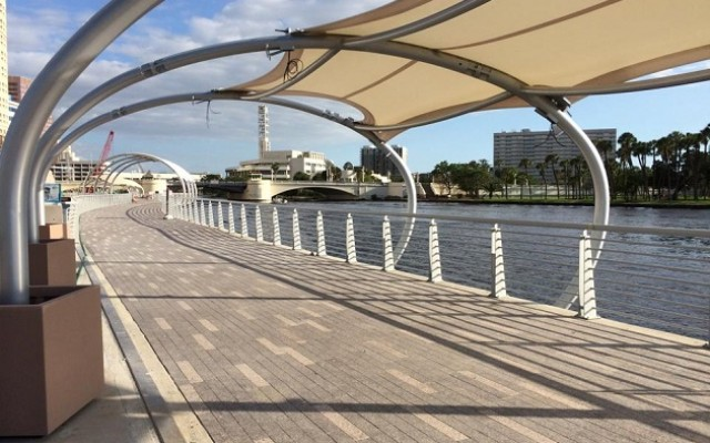 Your Guide to The Tampa Riverwalk