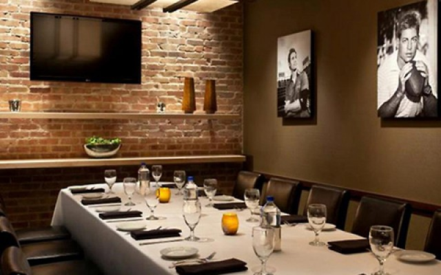 Save Time And Money This Holiday Season With Eddie V's Private Holiday Dining